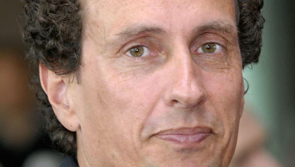 "Julian Nida-Rümelin: ""Bald laufen die Studenten den Azubis den Rang ab"""
