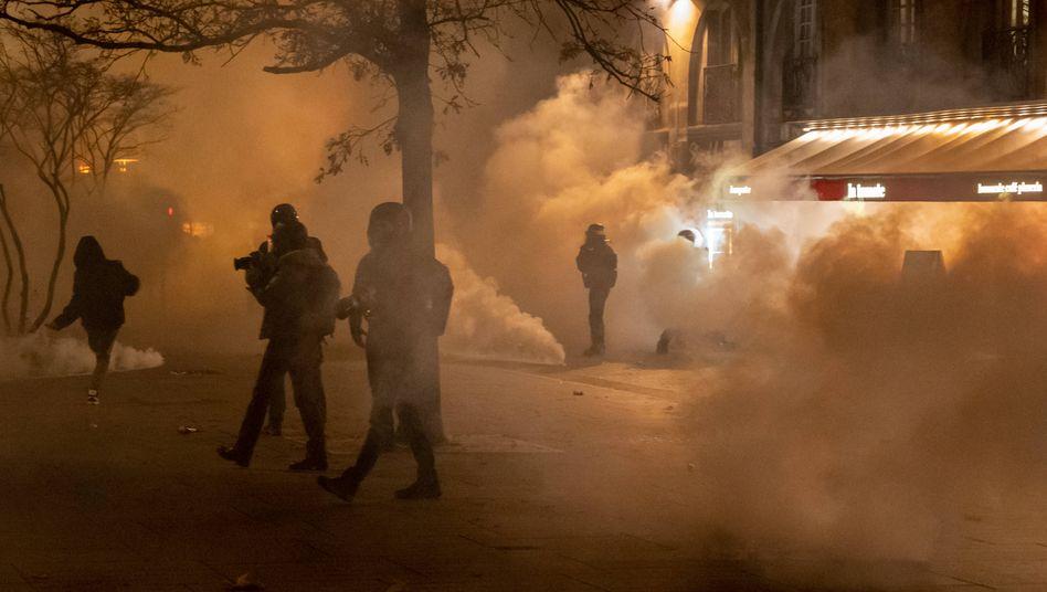 Protest gegen das neue Sicherheitsgesetz in Nantes am Freitag