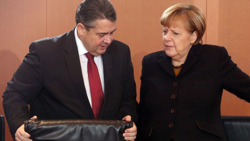 Außenminister Gabriel, Kanzlerin Merkel