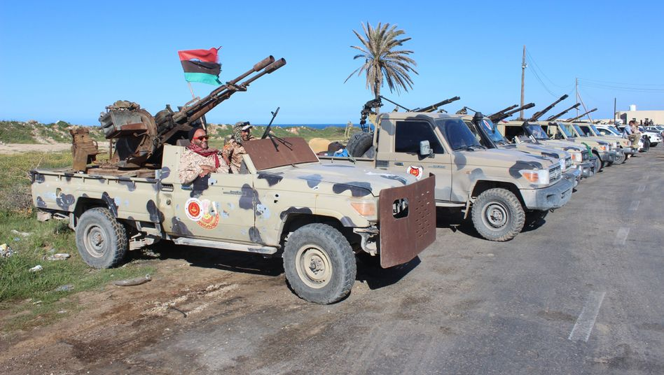 Kämpfer in der Nähe von Tripolis