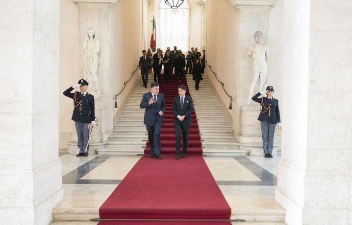 Vor dem Treffen mit Merkel hatte al-Sarraj bereits Italiens Regierungschef Conte getroffen.