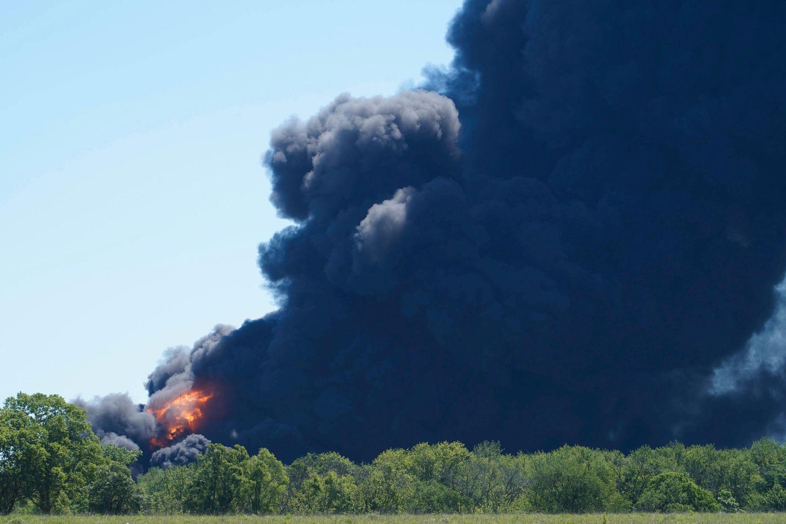 Chemical Explosion Illinois