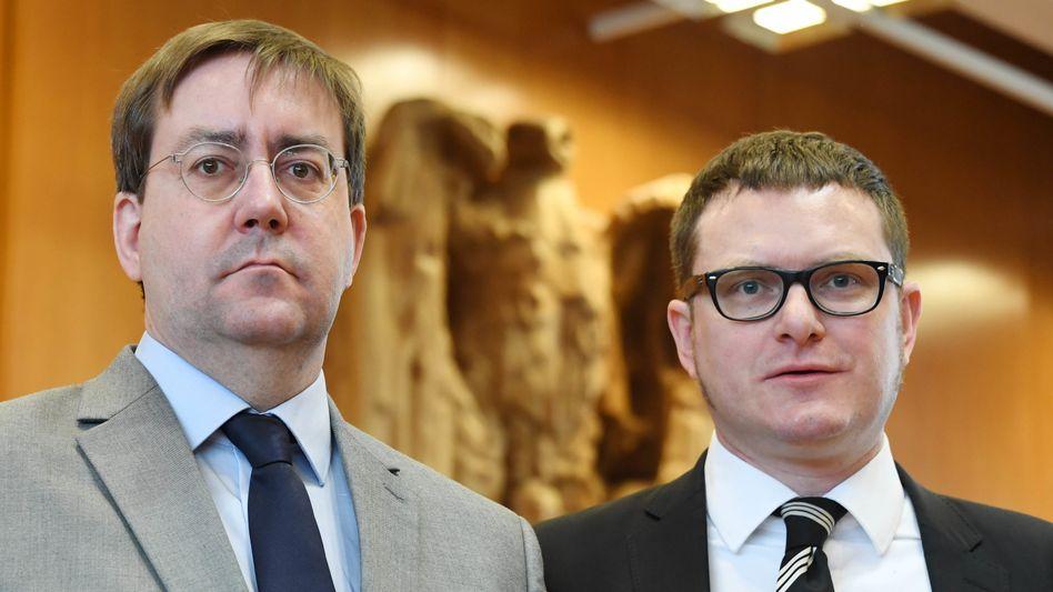 Christian Mihr (links) und Ulf Buermeyer haben beide gegen das BND-Gesetz in Karlsruhe geklagt