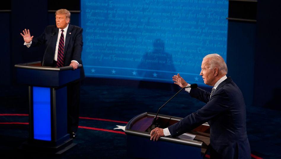 """Donald Trump (l.) und Joe Biden beim ersten TV-Duell: """"Ich hoffe einfach, dass alle Vorschriften eingehalten werden"""""""