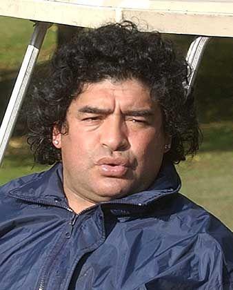 Diego Maradona (Archiv): Idealgewicht von 75 Kilo