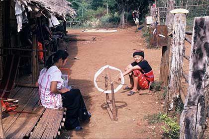 Dorfbewohner: Bergvölker leben noch sehr einfach und abgeschieden