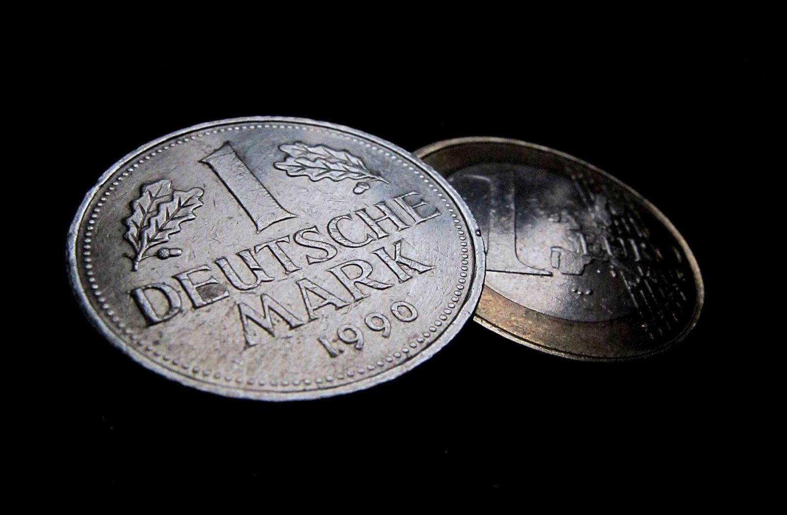 Euro und D-Mark / Deutsche Mark / Münzen / Mark