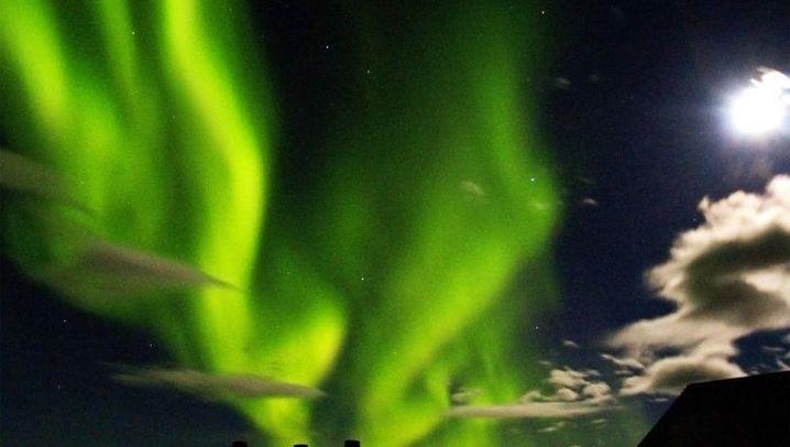 Polarlichter: Farbenspiele durch Sonnenstürme