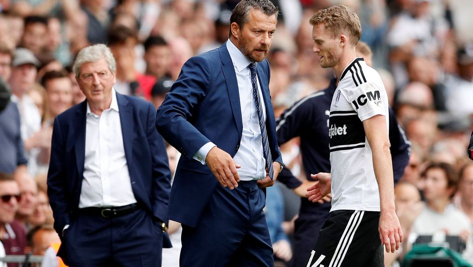 André Schürrle (r.) mit Fulham-Trainer Slavisa Jokanovic