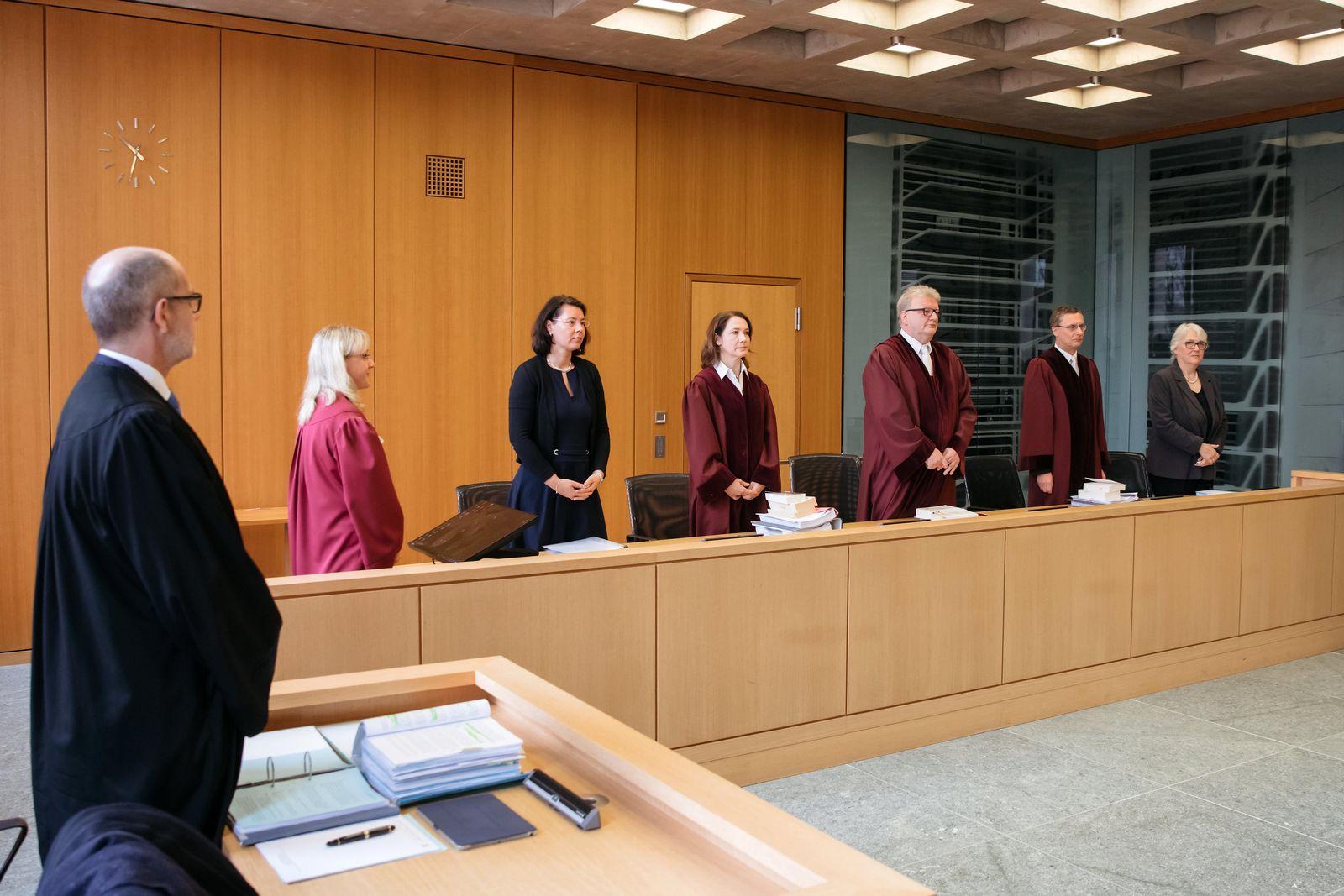 Bundesarbeitsgericht/ Sonderstatus der katholischen Kirche