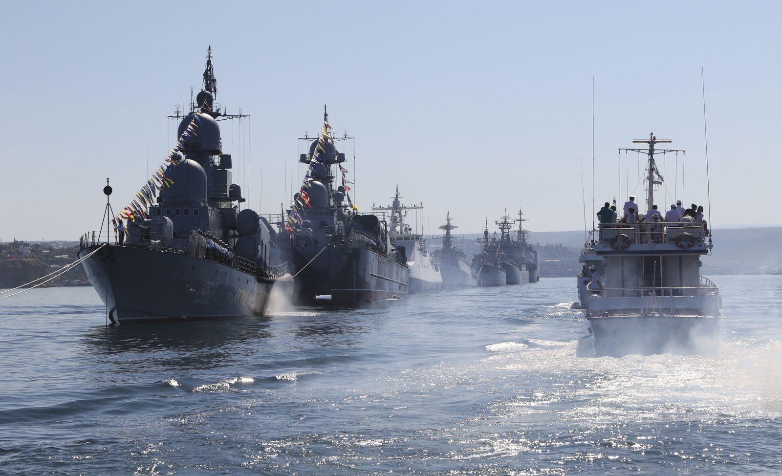 Krim/ Russische Kriegsschiffe
