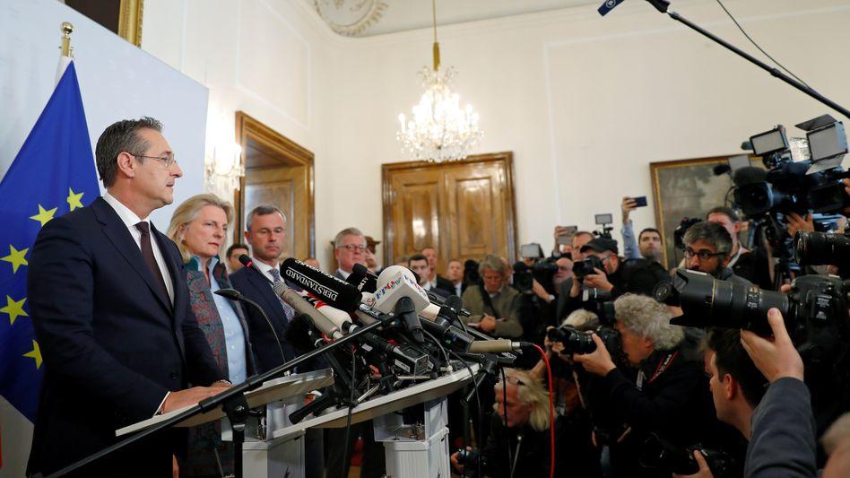 Heinz-Christian Strache erklärte am Mittag seinen Rücktritt