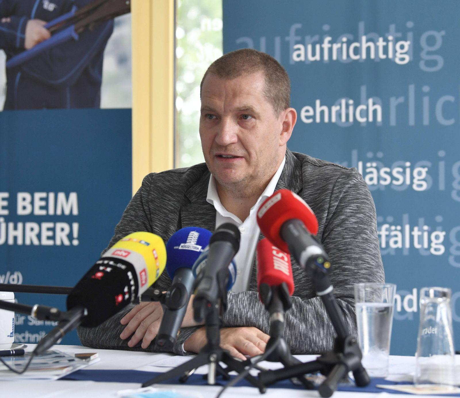 Eisschnelllauf, Pressekonferenz des kommissarischen DESG-Präsidenten Matthias Große in der Müggelturm-Baude in Berlin-Kö