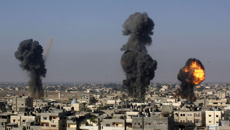 Israelische Angriffe auf Ziele im Gazastreifen: Der Konflikt in Nahost weitet sich aus