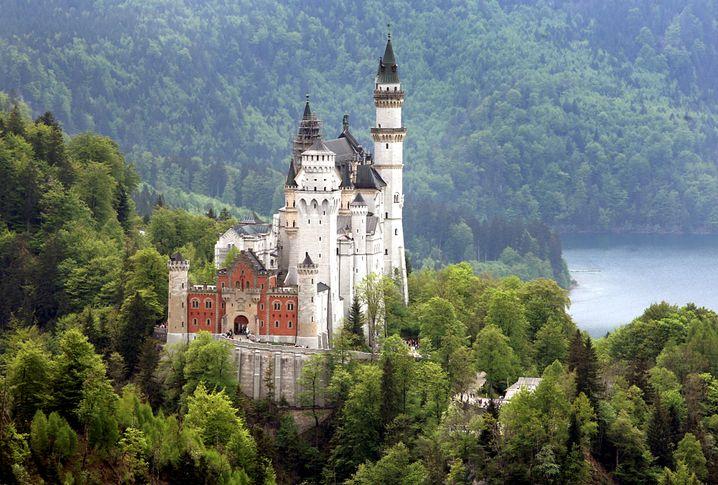 Schloss Neuschwanstein: Das weiß man schon von Disney, das Häuser in Deutschland so aussehen.