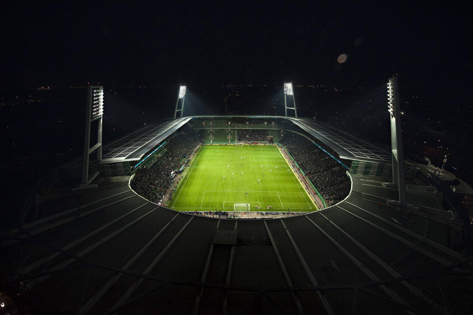 EINMALIGE VERWENDUNG Weserstadion / Luftbild