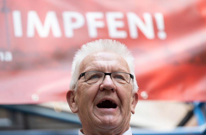 Der baden-württembergische Ministerpräsident Kretschmann will eine Impfpflicht »nicht ausschließen«