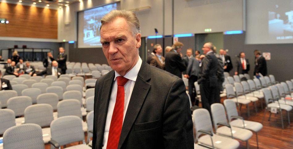 """BKA-Präsident Ziercke: """"Das Vertrauen muss mühsam wieder hergestellt werden"""""""
