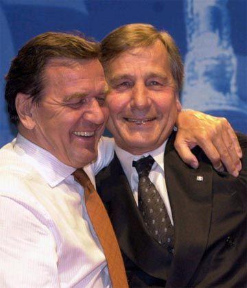 Super-Minister und Super-Kanzler: Clement und Schröder