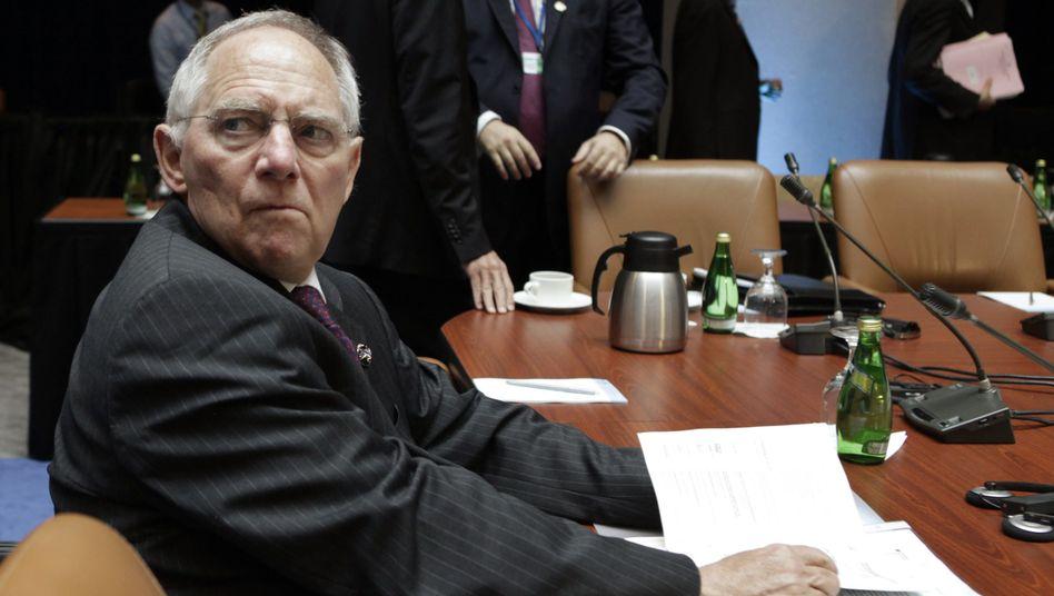 Not amused: Finanzminister Schäuble bei der Frühjahrstagung in Washington