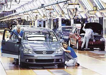 Autoproduktion in Wolfsburg: Sparen, Stellen streichen, Jobs auslagern