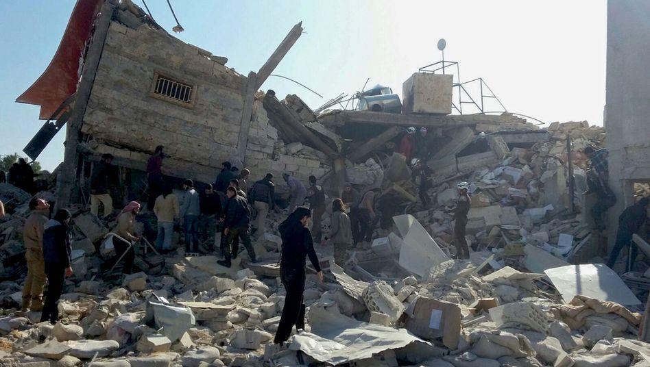 """Ruine von Krankenhaus in Hawija: """"Wir weisen diese Anschuldigungen kategorisch zurück"""""""