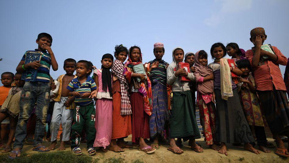 Aus Myanmar geflüchtete Rohingya im Flüchtlingslager Kutupalong in Bangladesch