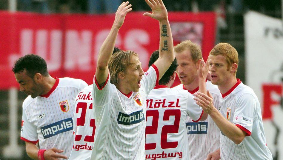 Augsburg-Stürmer Thurk (M.): 19 Tore in 20 Spielen