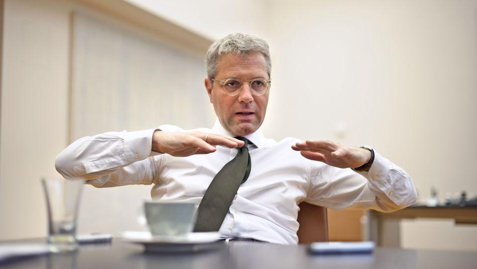 "Umweltminister Röttgen: ""Wir machen Finanzschulden, Sozialschulden, Ökoschulden"""