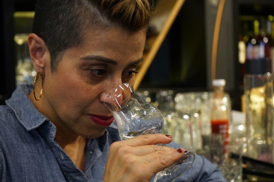 Bei ihrer Arbeit ist Lala Noguera auf einen guten Geschmacks- und Geruchssinn angewiesen