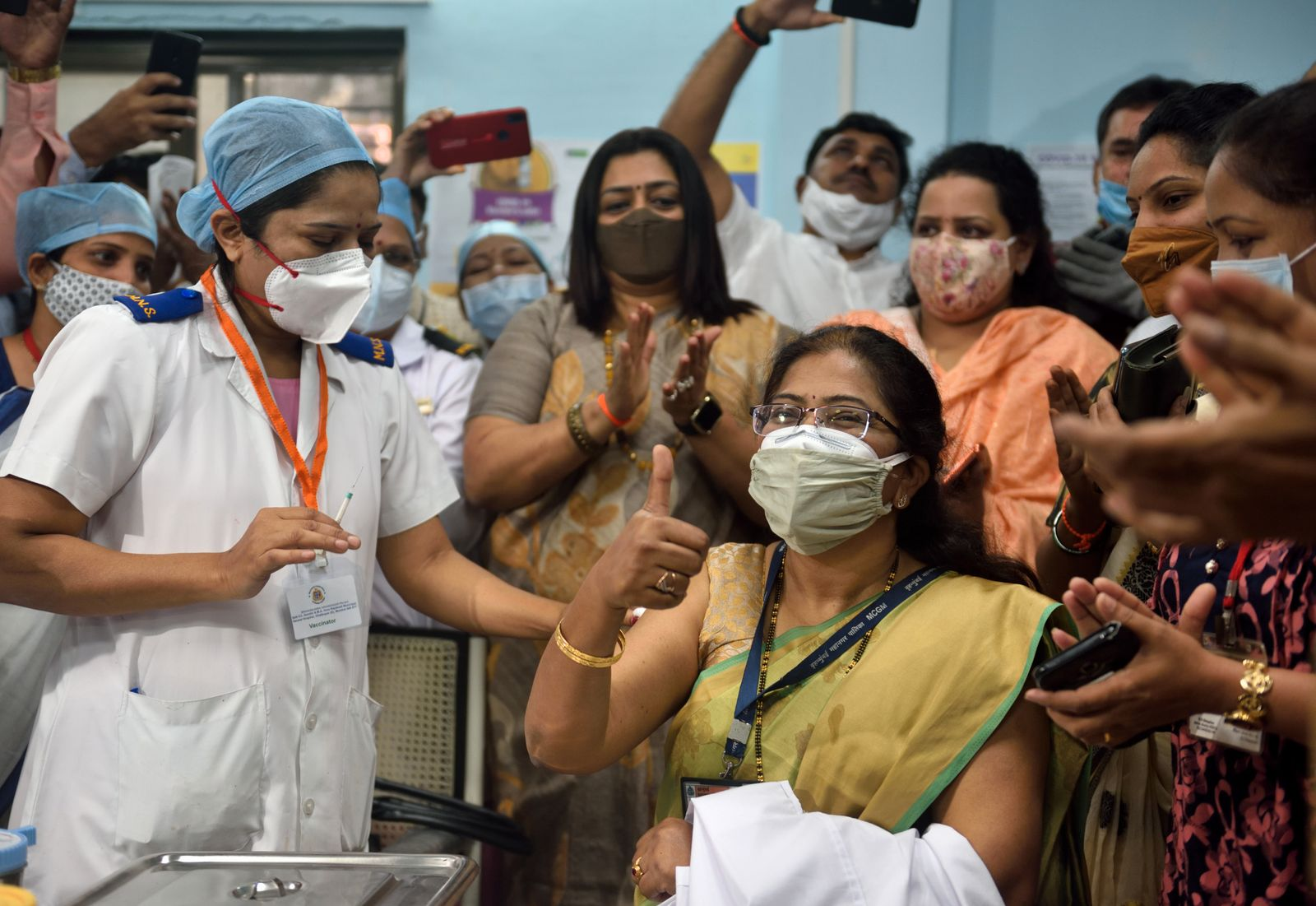 India Begins Its Covid-19 Vaccination Drive