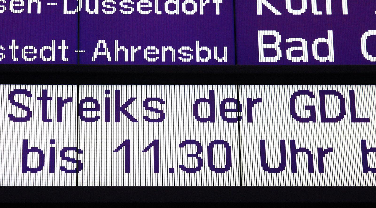 GDL- Warnstreik - Hamburg