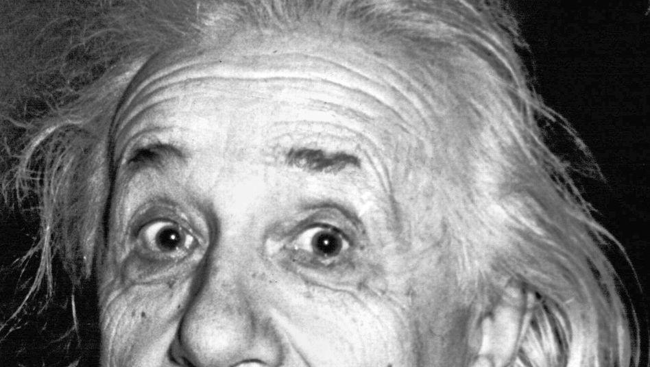 Welt-Genie und Mann: Der Physiker Albert Einstein im April 1955