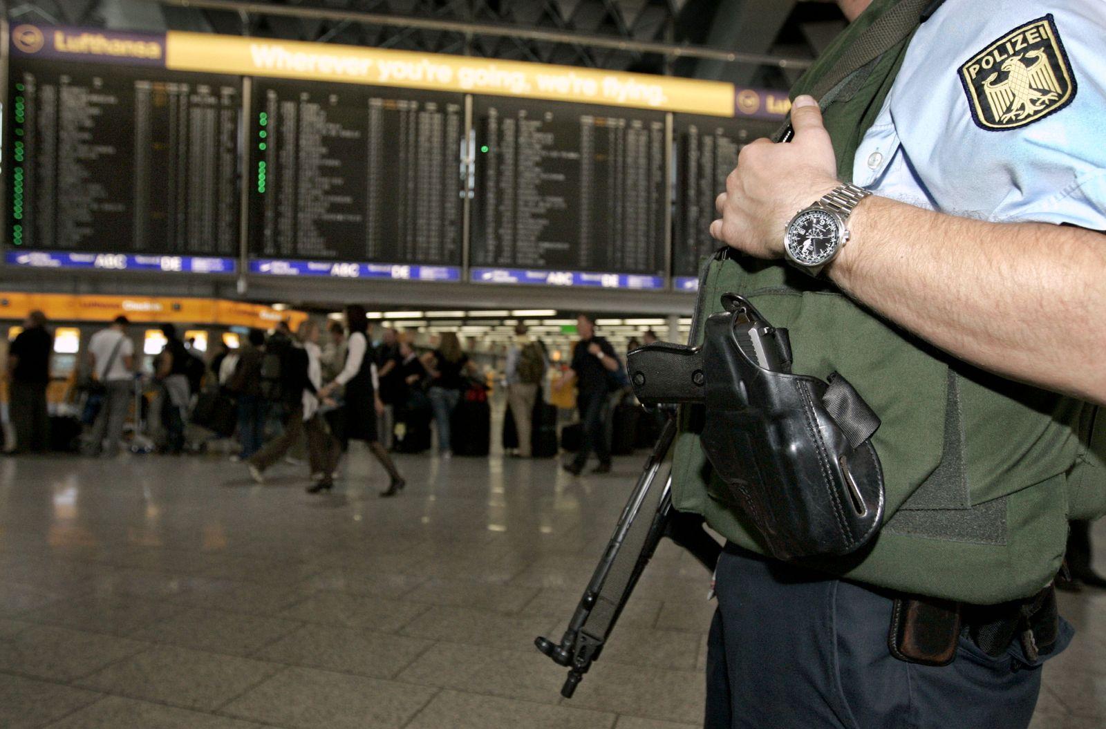 NICHT VERWENDEN Flughafen Frankfurt/ Bundespolizei