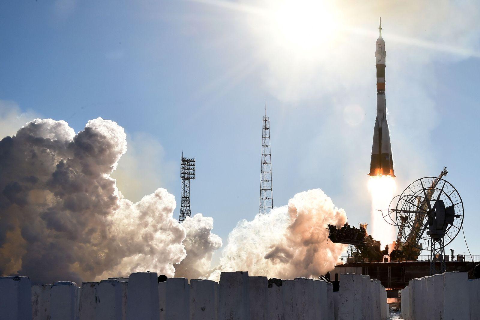 Sojus/ ISS/ Rocket/ Rakete