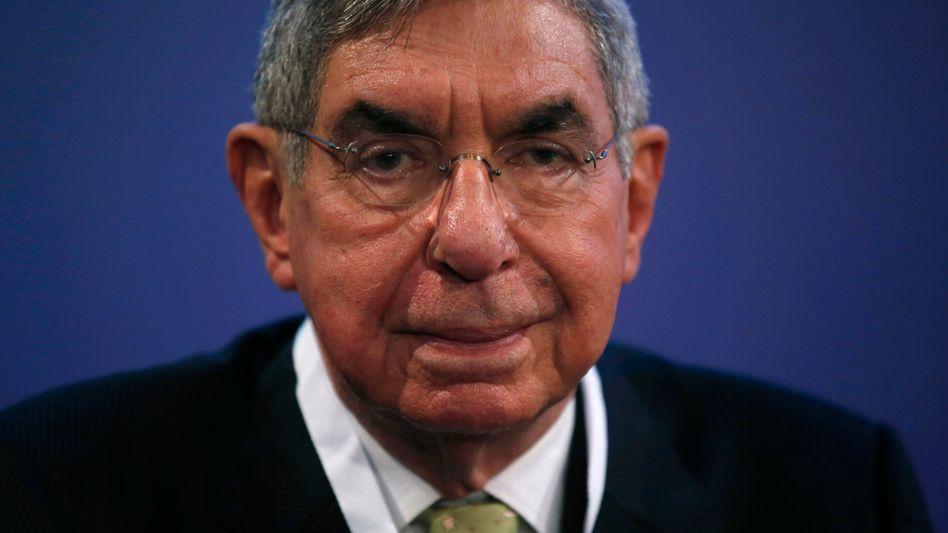 Óscar Arias (2015)