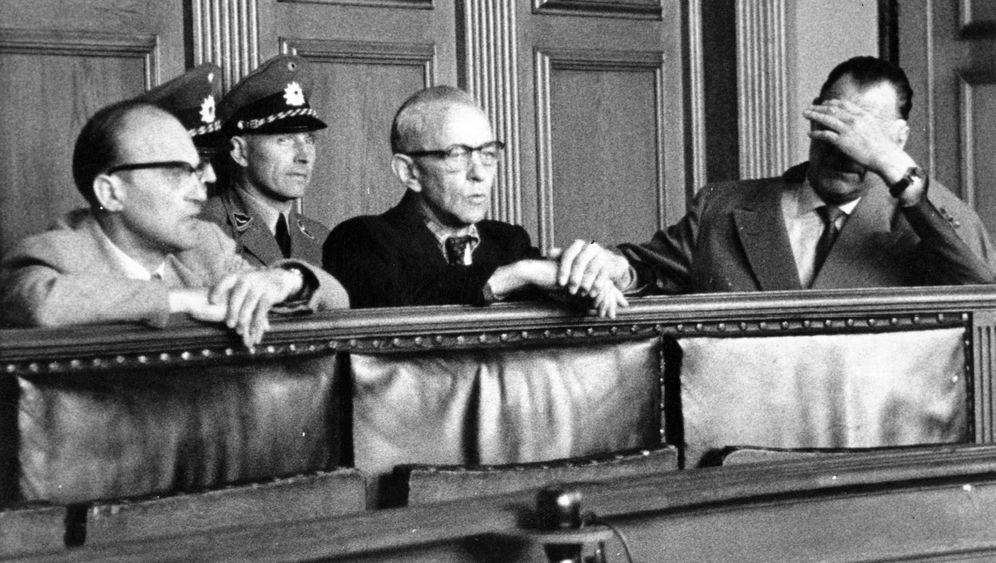 """Zufällige Ermittlungen: """"Einsatzkommando Tilsit"""" vor Gericht"""