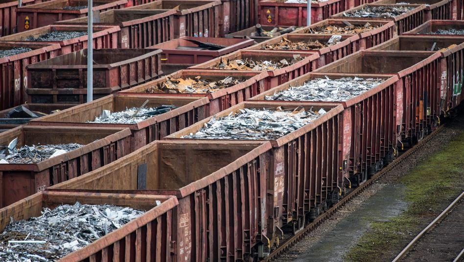 Züge bei Krupp Mannesmann in Duisburg