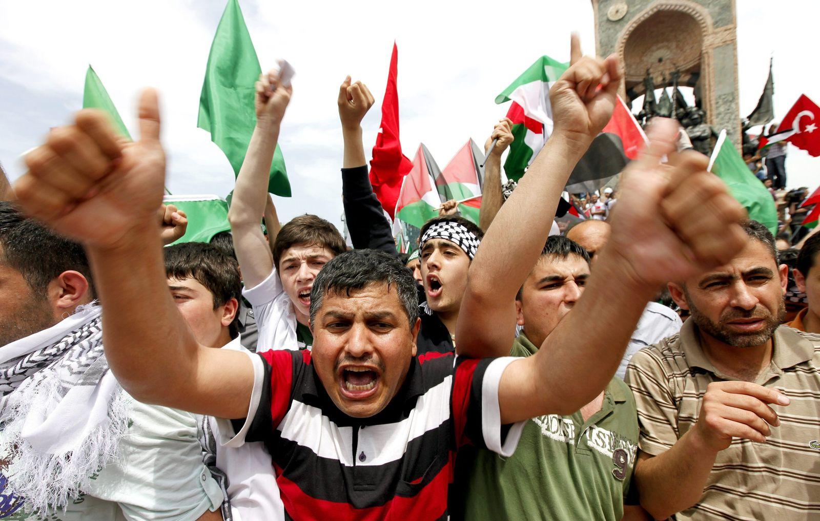 "Israel / Gaza / ""Solidaritätsflotte"" / Proteste Istanbul"