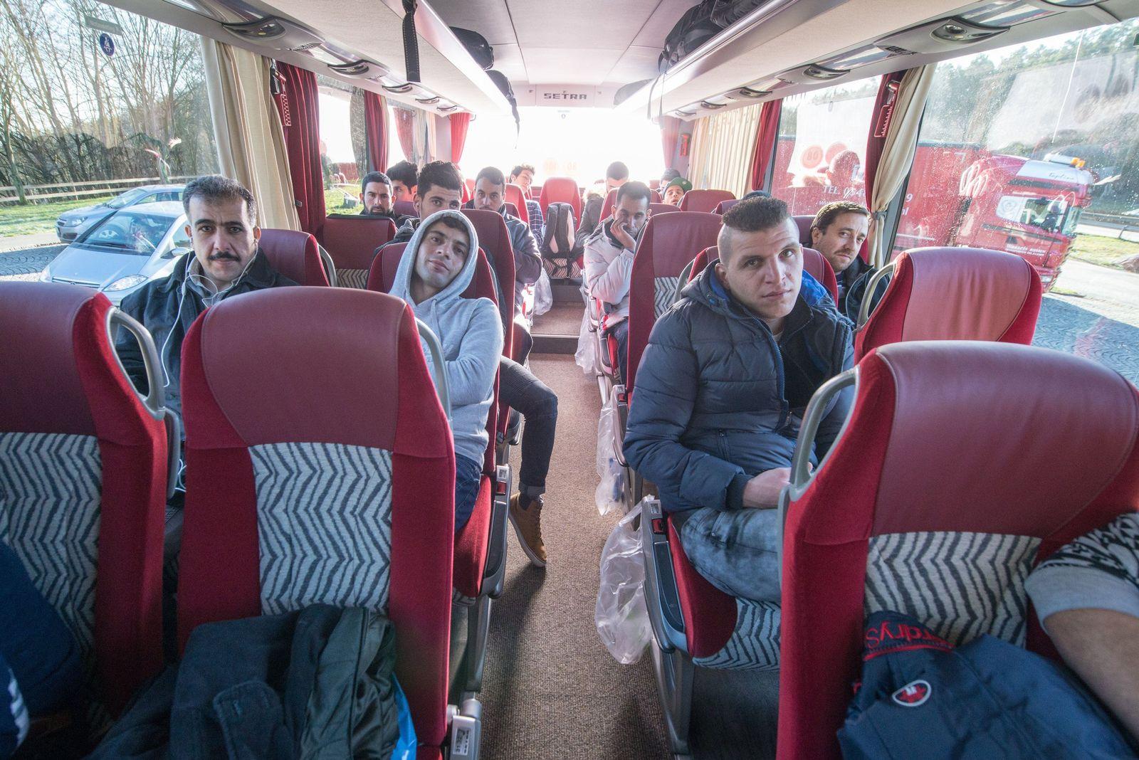 Asylbewerber-Bus / Landshut