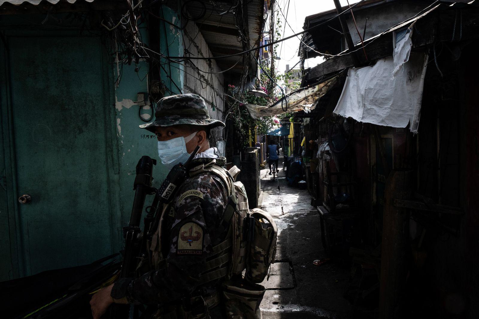 Manila under extended lockdown