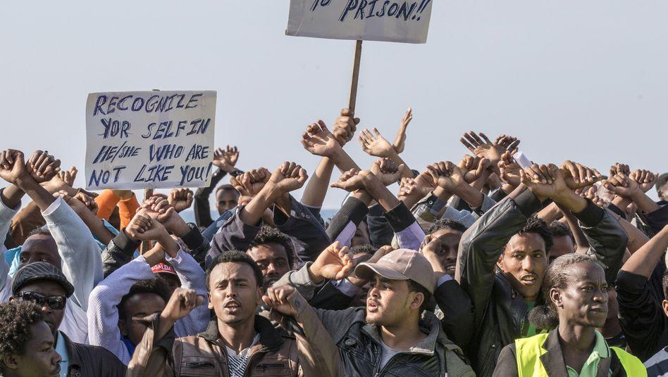 "Flüchtlingsprotest in Tel Aviv: ""Kein Gefängnis mehr"""