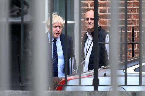 Boris Johnson und Dominic Cummings im Herbst 2019: Damals gingen sie noch Seite an Seite