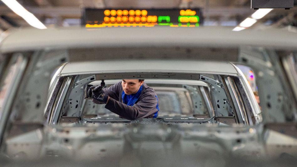 Karosseriebau im VW-Werk Wolfsburg