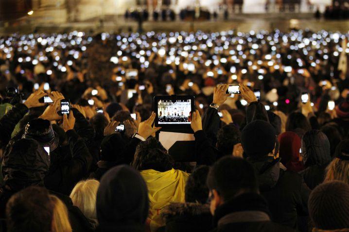 Gläubige 2013: Elektronik en masse