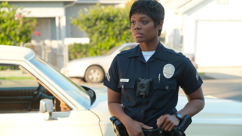 """Afton Williamson: In """"The Rookie"""" spielt sie eine Polizistin"""