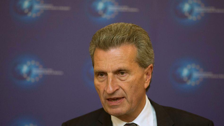 EU-Kommissar Oettinger: Will warme Wohnungen im Winter sicherstellen