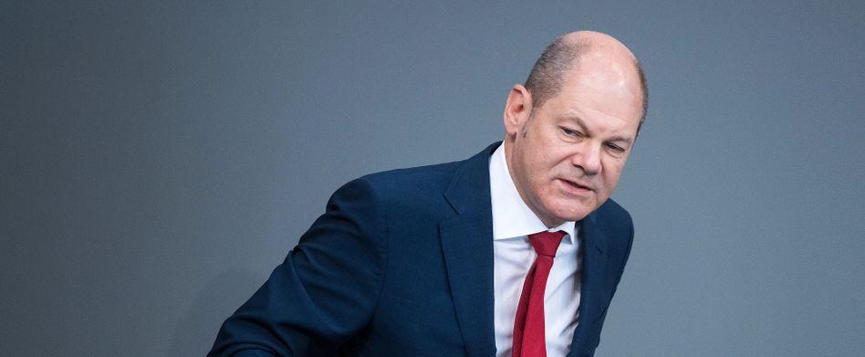Finanzminister Olaf Scholz (SPD): Der Anteil der Schulden am Bruttoinlandsprodukt beträgt dieses Jahr rund 70 Prozent, 2021 steigt er auf über 72 Prozent