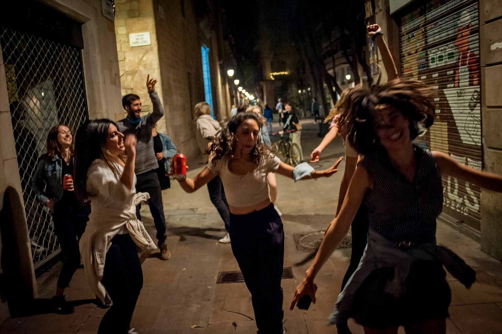 May 9, 2021, Barcelona, Catalonia, Spain: People make party in Barcelona downrown streets the night from Saturday to Su