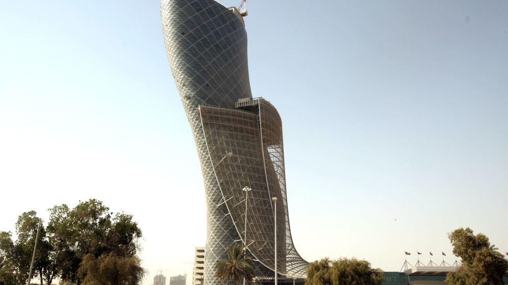 Rekord in Abu Dhabi: Das schiefste Gebäude der Welt